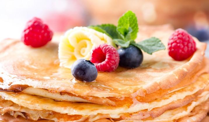 Coconut-Pancakes-e1418929014457-716x420